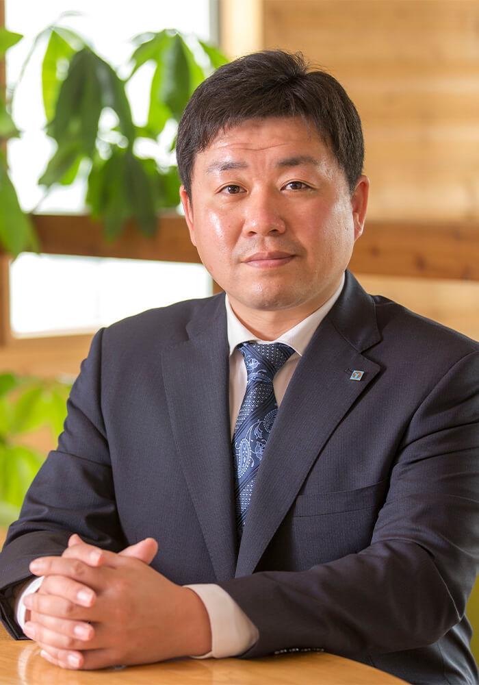 代表取締役社長 山子 泰典